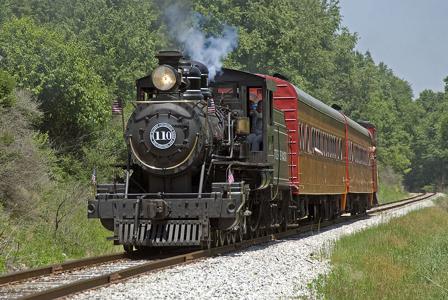 Little River Railroad 110 en route to Hillsdale with a special excursion for Hillsdale College alumni. (June, 2007)