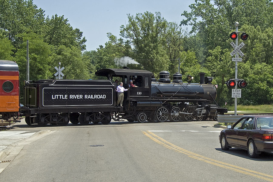 Little River Railroad 110 crosses Fayette Street with Hillsdale College excursion. (June, 2007)