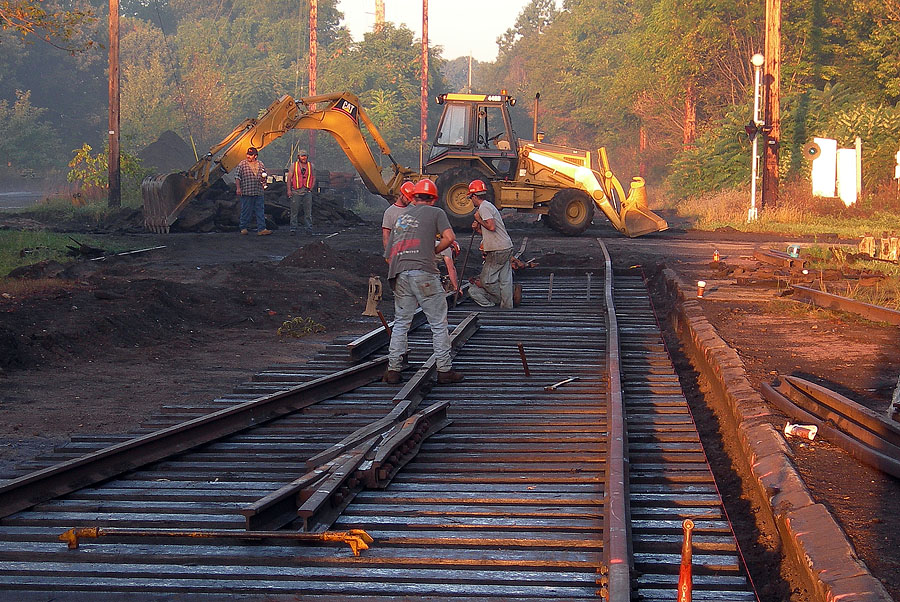 Track contractor installs a new switch as part of a crossing improvement project in Coldwater. (September, 2005)