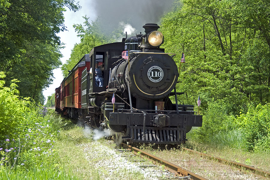 Little River Railroad 110 pulls weekend excursion to Quincy. (May, 2007)