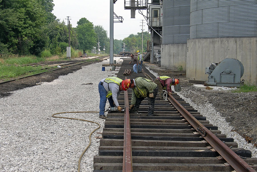 Loading track at Reading is rebuilt after drainage tile was installed. (August, 2006)